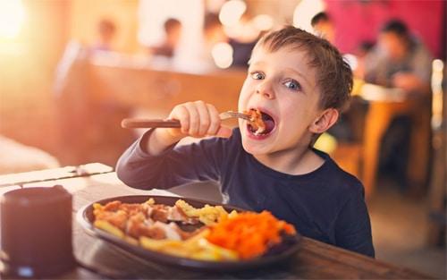 Menù per bambini al ristorante pizzeria Sunrise a Bormio