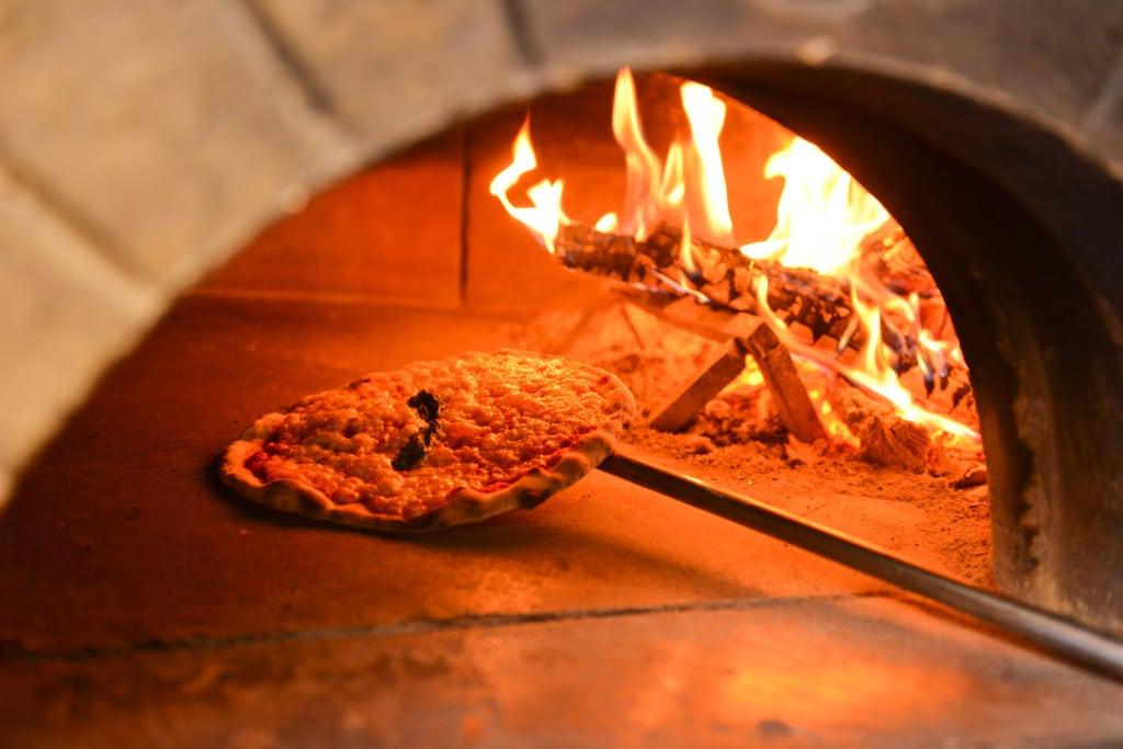 Giropizza tutti i giovedì sera al ristorante pizzeria Sunrise Bormio